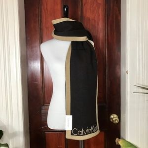 NWT Calvin Klein brown and tan reversible scarf